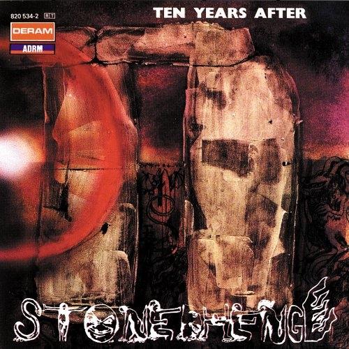 T_Y-A_Stonehenge