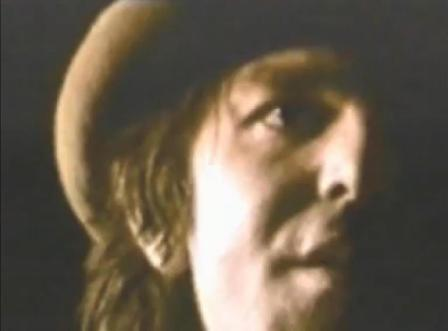 "CaPTaiN BeeFHeaRT : ""SHe'S Tôô MuCH FoR My MiRRoR"" et ""HuMaN GeTS Me BLueS"" !"