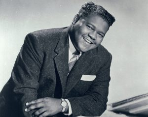 FaTS DoMiNo – My BLue HeaVeN oN BLue MooN